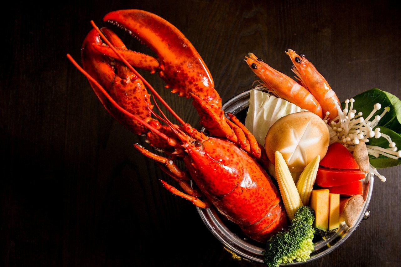香港香港新生活飲茶現正出加價199元可品嚐「鮮味龍蝦鍋」。業者/提供