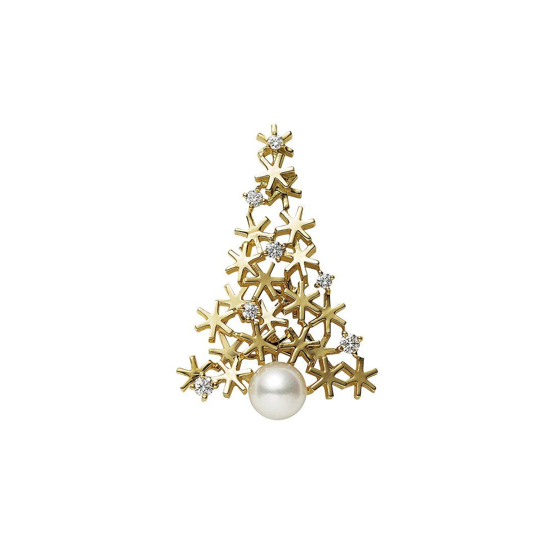 日本Akoya珍珠18K黃金聖誕樹胸針,52,000元。圖/MIKIMOTO提供