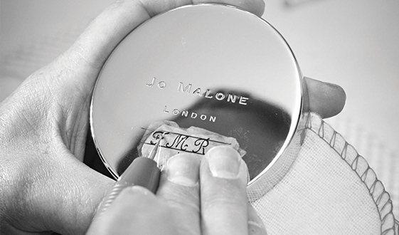 Jo Malone手工雕刻服務耶誕再次登台,11月20日至12月17日限時1個月...