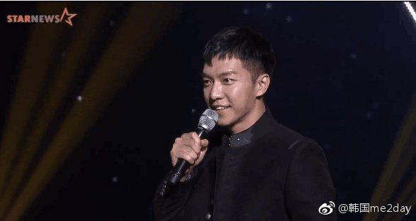 李昇基退伍後首度公開露面。圖/摘自韓國me2day微博