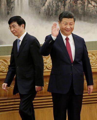 王滬寧的想法和建議幫助塑造了這次會晤,並稱王已成中國頂級戰略理論家,也是習近平新...