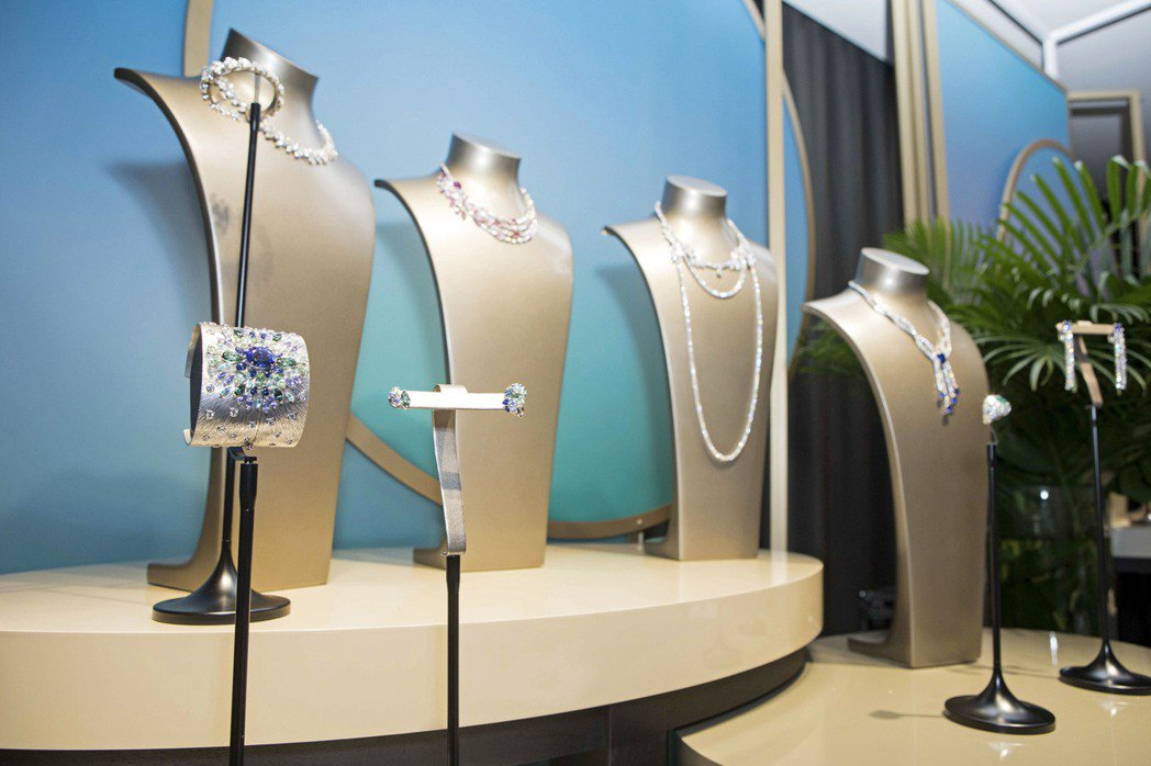 伯爵首度於金馬獎前夕,引進超過台幣20億元的頂級珠寶,舉辦紅毯珠寶璀璨盛展。圖/...