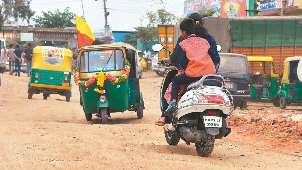 政府力推新南向,印度經濟成長快速,已成為投資者目光焦點。 法新社