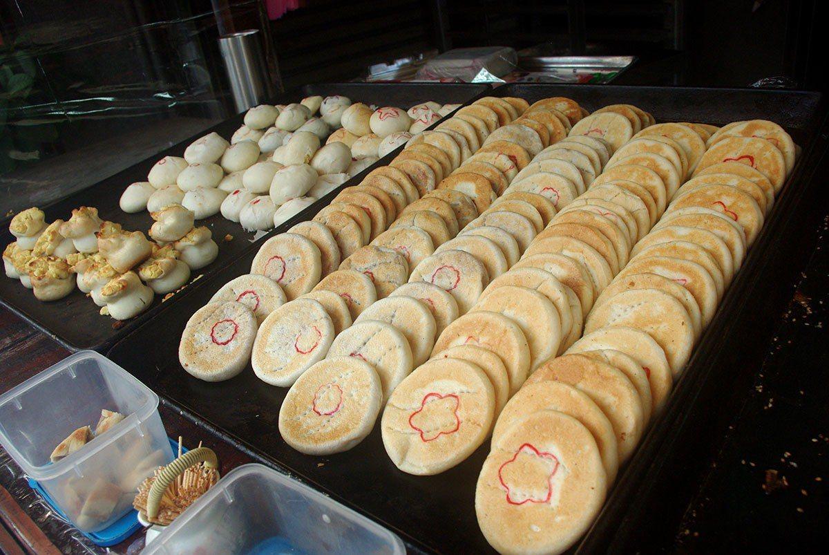新品珍餅舖的主要產品為各式客家古早風味餅。