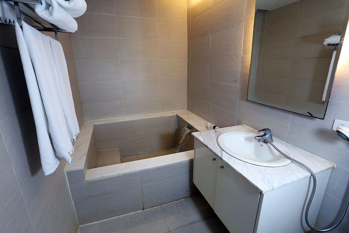 美嘉美的住宿房間都有獨立的泡湯池。