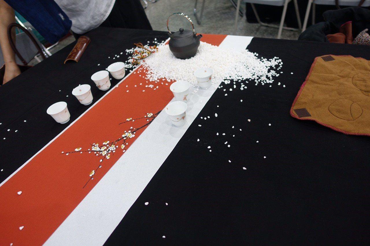 封茶活動會場設有茶席。圖/中華茶學研究協會提供