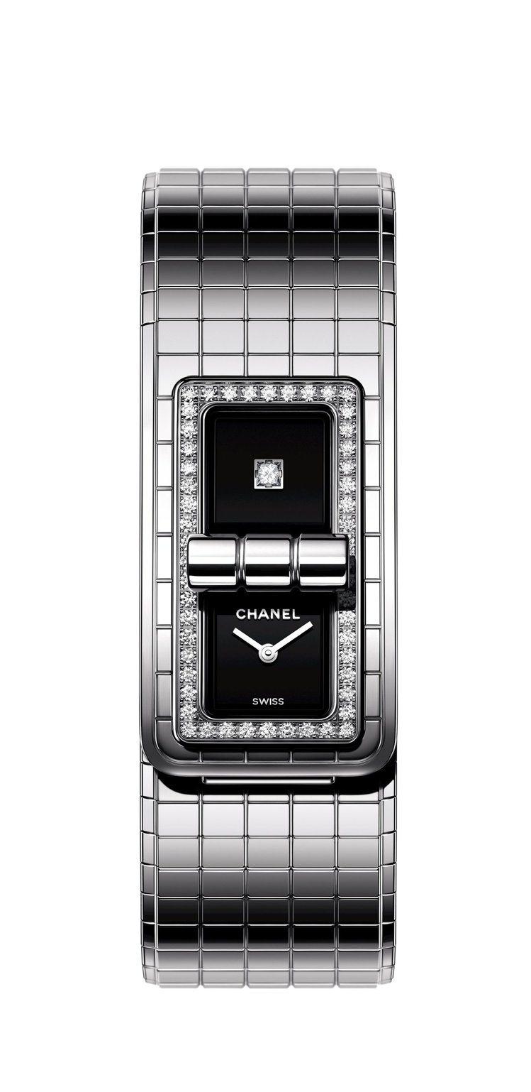 Code Coco腕表,38.1 x 21.5 毫米精鋼表殼鑲嵌52顆鑽石、表面...