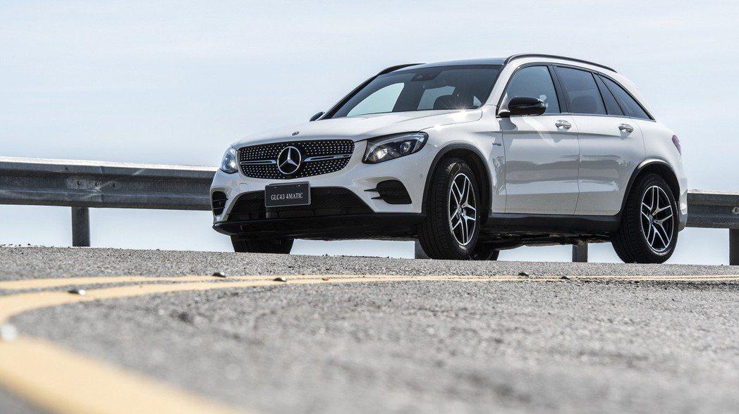 Mercedes-AMG GLC43 4MATIC全新登場,不僅擁有AMG卓越武力,更保有雅致質感。 圖/台灣賓士提供