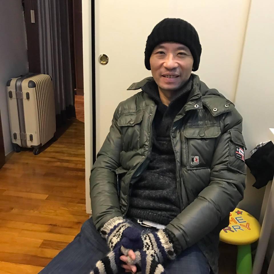 去年11月,剛從三年的憂鬱情緒中走出來的陳俊志。圖/摘自臉書