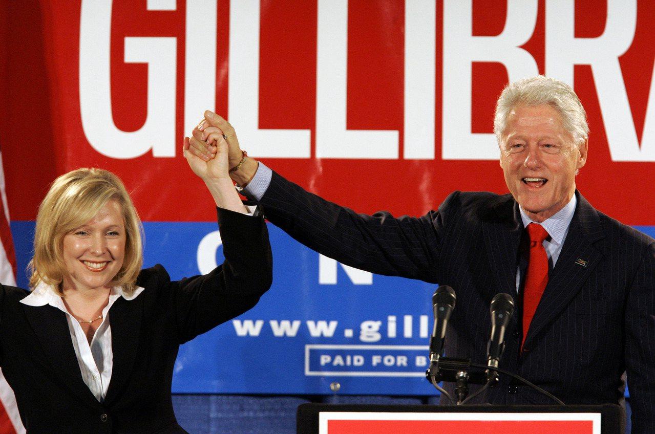 柯林頓性侵往事 在民主黨內造成分裂之勢 美聯社