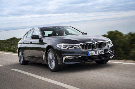 BMW雙喜臨門 5系列及X1獲評選最佳車款