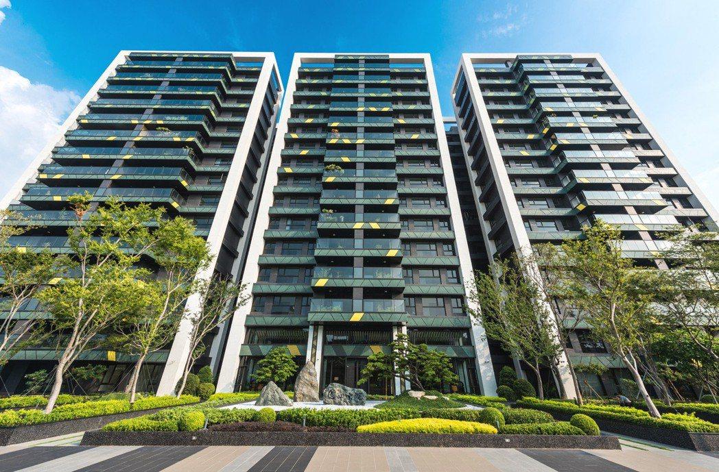 『圓山大院』1700坪壯闊基地 環境建築現場實景拍攝。 圖片提供/京城建設