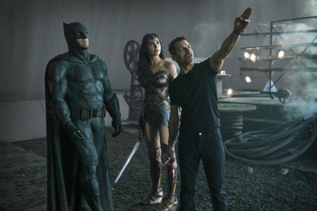 導演查克史奈德(右)為電影「正義聯盟」下足苦心。圖/華納兄弟提供