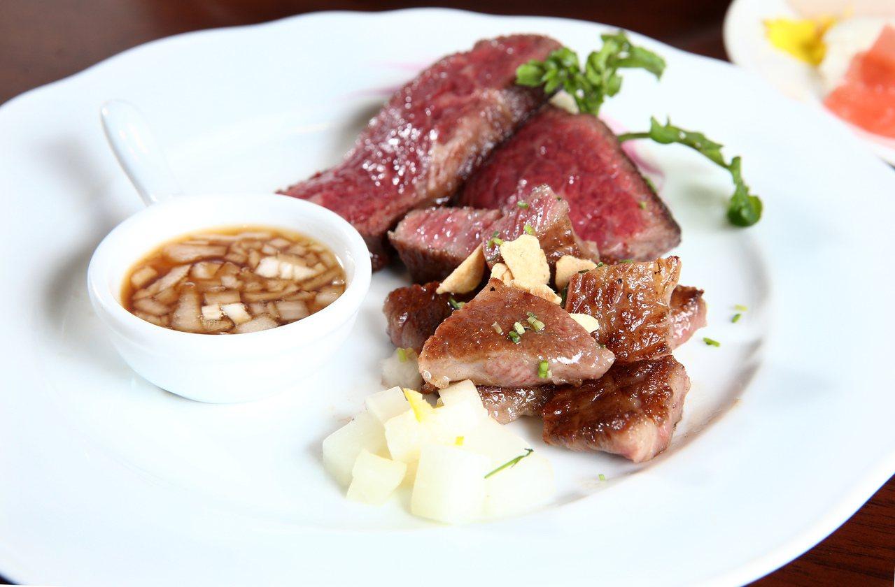 絲路宴推出日、美和牛的雙人位上主餐。記者蘇健忠/攝影