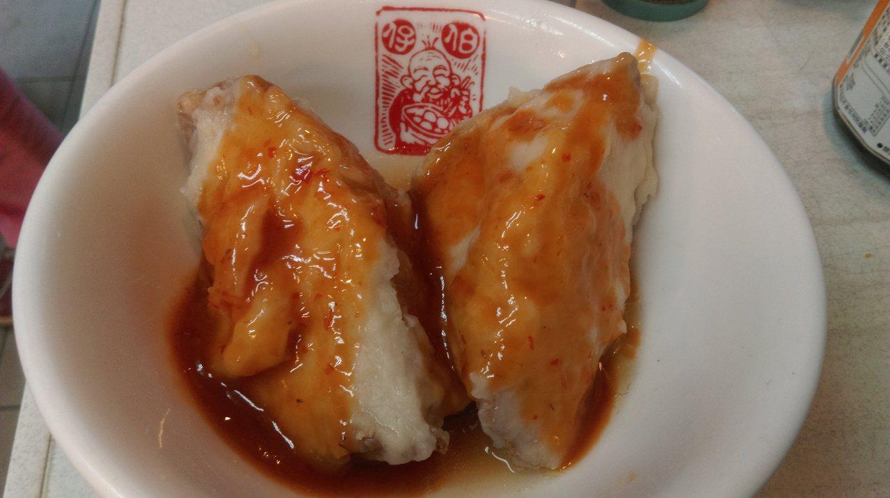 豆干包也是基隆特有的小吃。記者吳淑君/攝影
