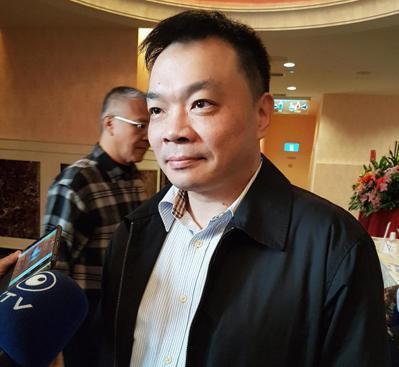 行政院前政務委員高思博今天表示,如果黨部提名他參選台南市長,會接受挑戰。 記者修...