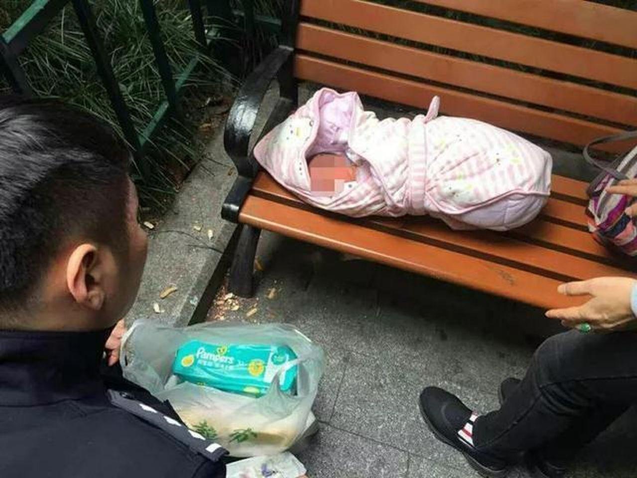 杭州有位女嬰,因患天生性疾病,而遭父母遺棄。杭州網