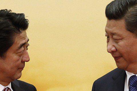日中兩國正就制定國際規則展開競爭,這也是國家資本主義再次挑戰自由主義的關鍵時刻。...