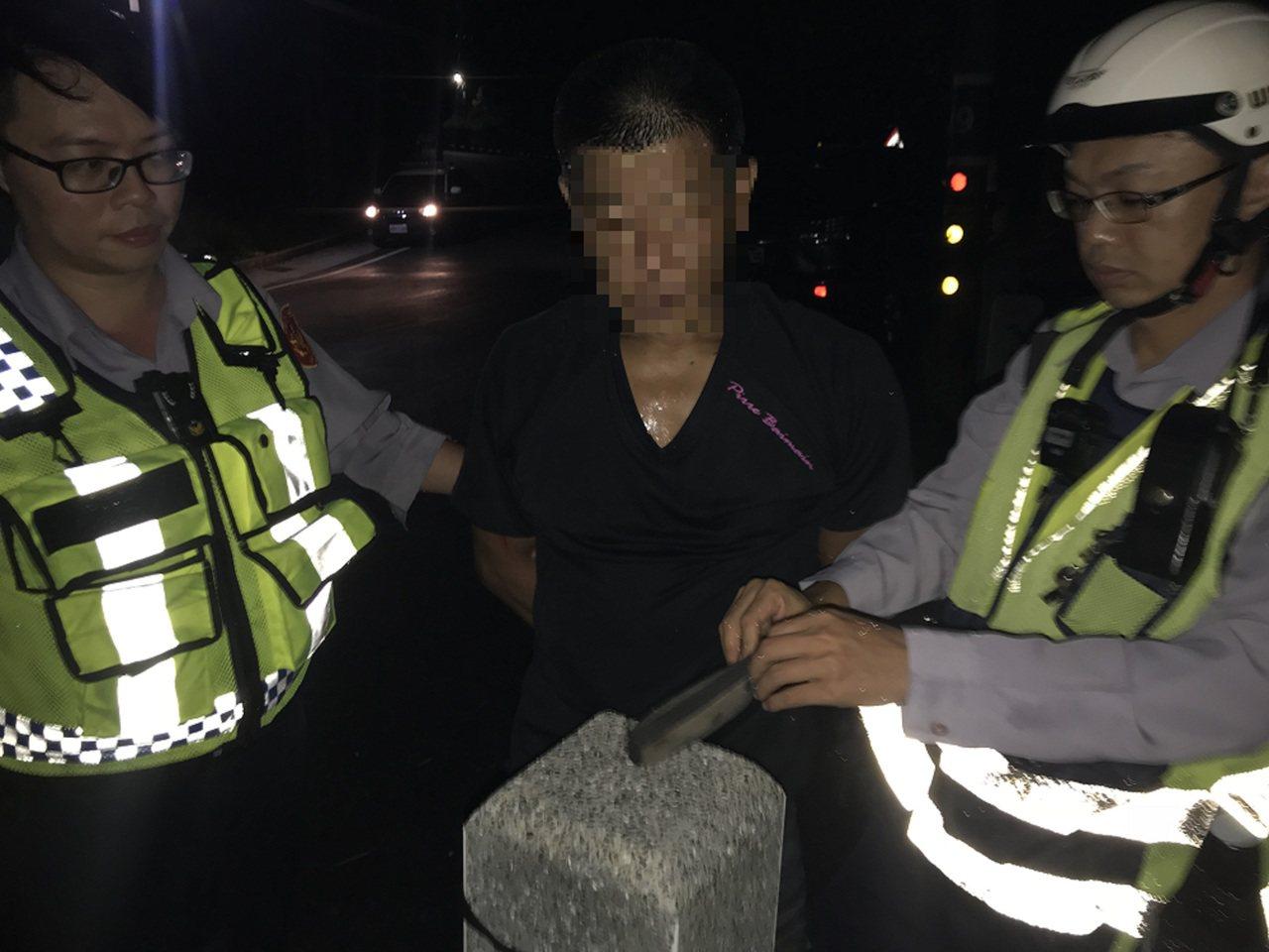 魏姓男子涉持有毒品,被逮送辦。圖/東勢分局提供