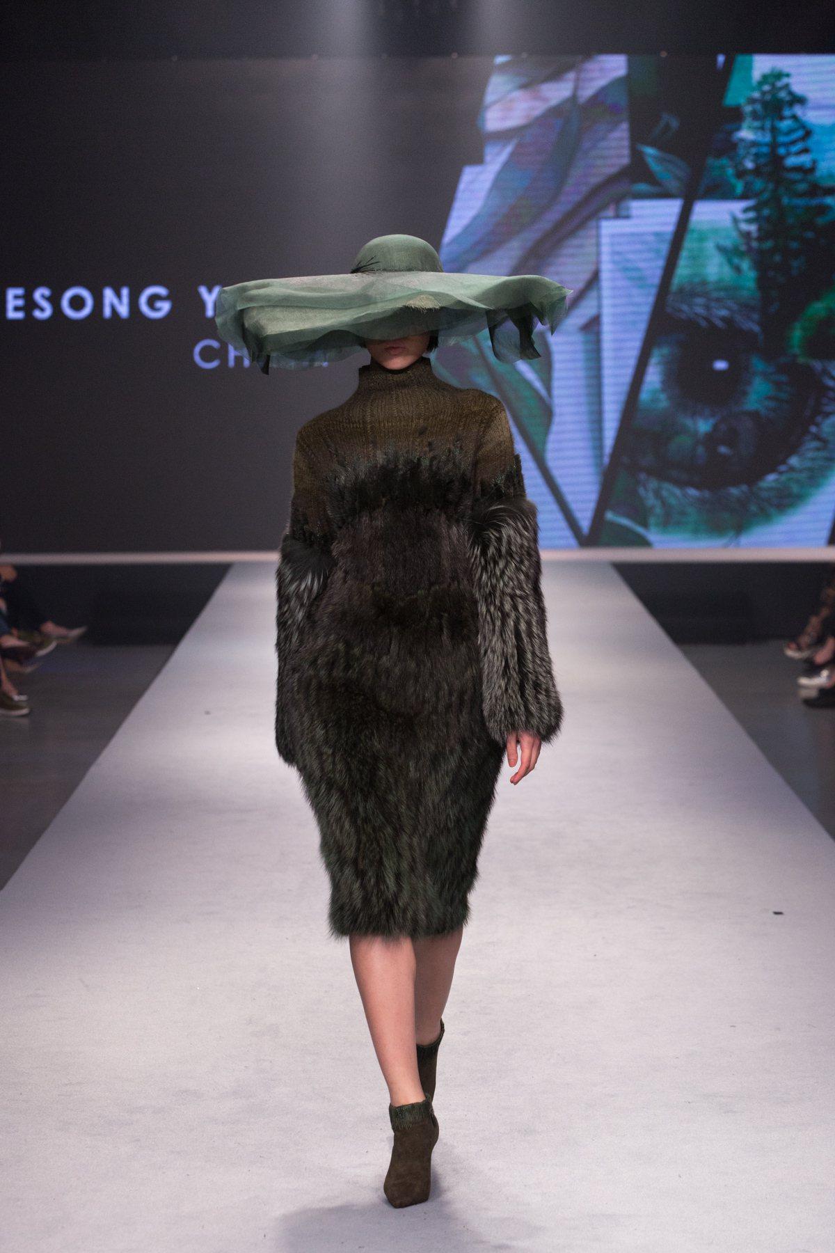 來自大陸的胡欣逸獲得女裝組創意設計獎的作品。圖/紡拓會提供