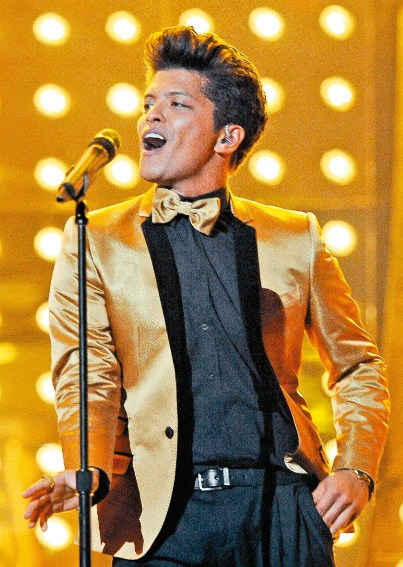 「火星人」布魯諾雖未到場,仍是全美音樂獎大贏家。(法新社)