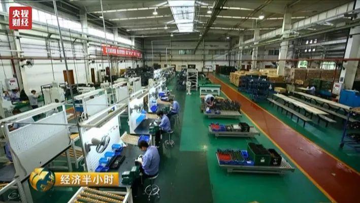狙擊比賽僅是一場勝負,但對中國軍工製造來說,這卻是工業製造水準的巨大進步。 中新...