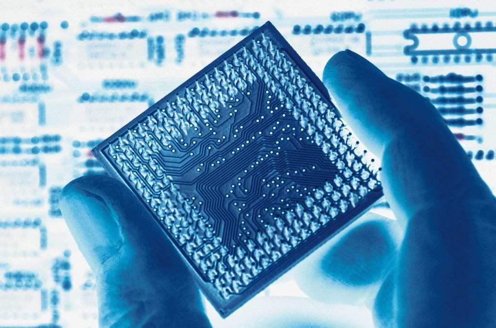 聯發科董事長蔡明介說,半導體是資訊產業的「米」,電晶體則是協助人類心智運用。 本...