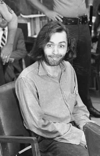 83歲邪教教主殺人魔曼森病死加州監獄。 美聯社