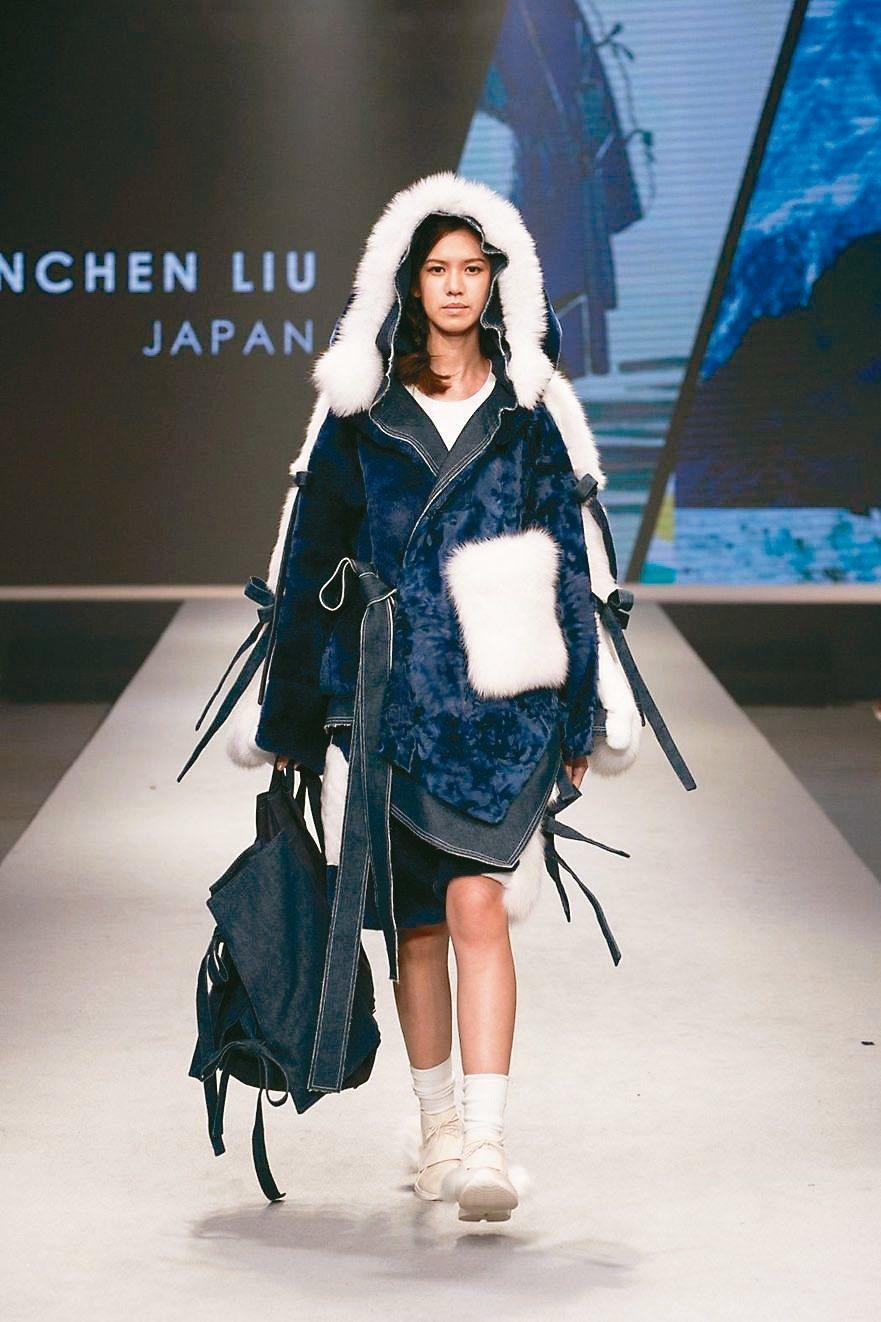 女裝組設計首獎/Liu Chun Chen/日本。