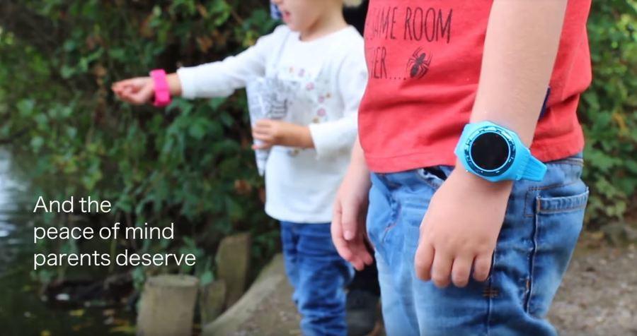 這類穿戴裝置推出時,廣告往往主打讓家長放心,但這類「物聯網」科技的資安層級嚴重缺...