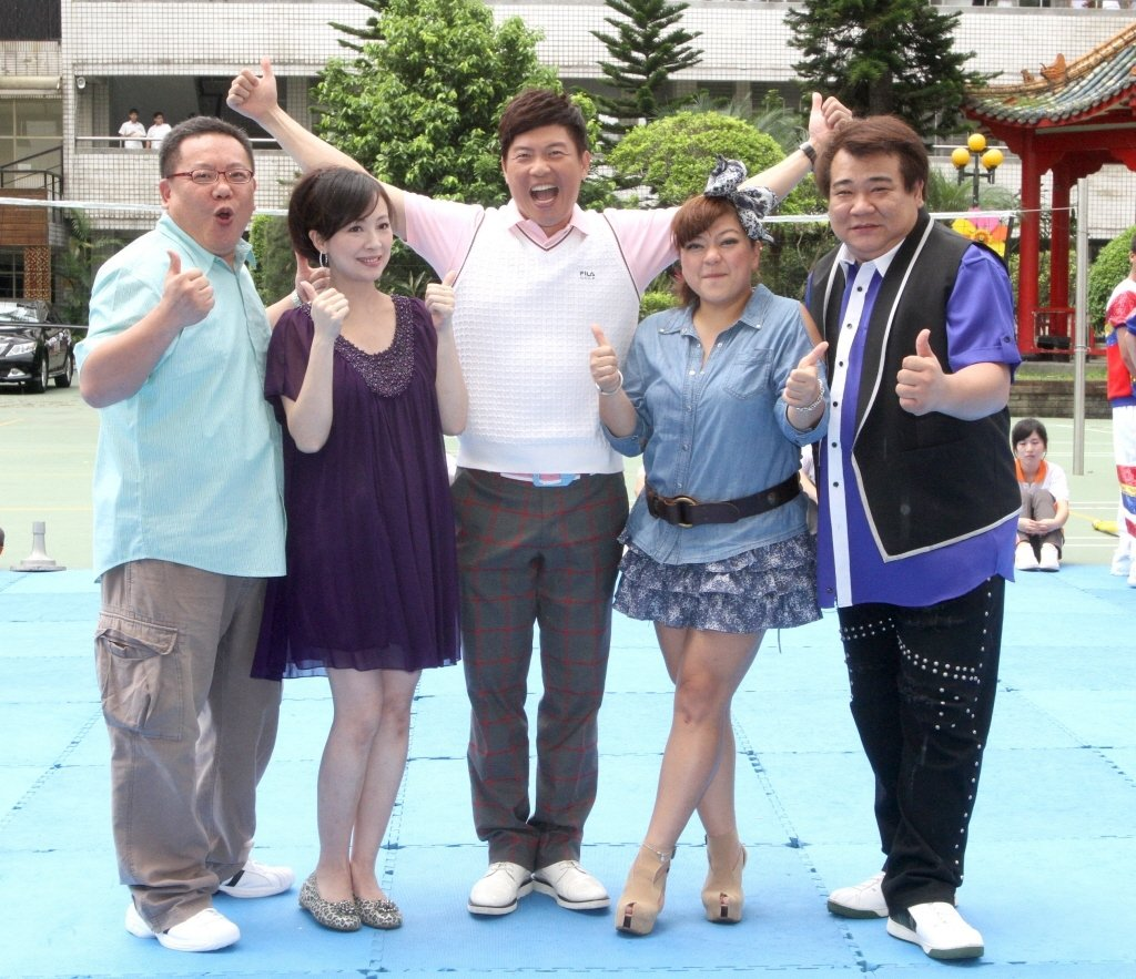 葉民志(左起)、郭昱晴、曾國城、杜詩梅和白雲曾合作很長時間。本報資料照