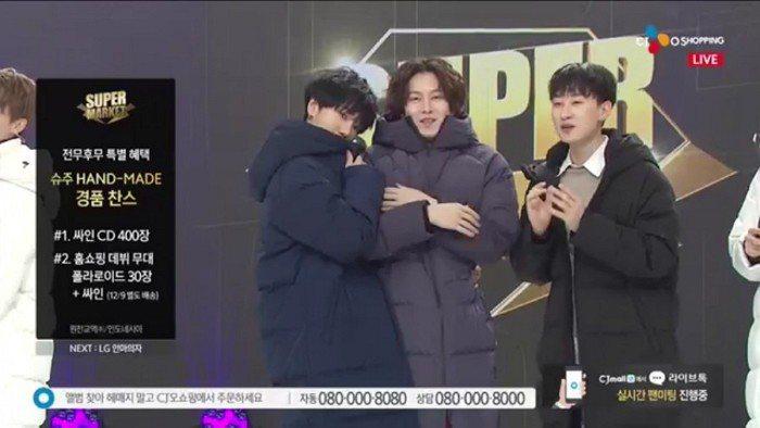 SJ變身男模展示羽絨外套。圖/摘自YouTube