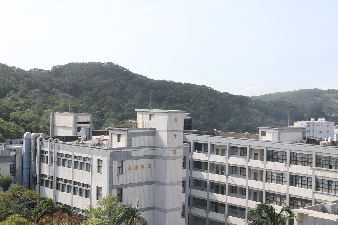 元培醫事科技大學希望利用新竹市香山的綠帶,讓附設醫院朝「醫養結合」的方向發展,不...