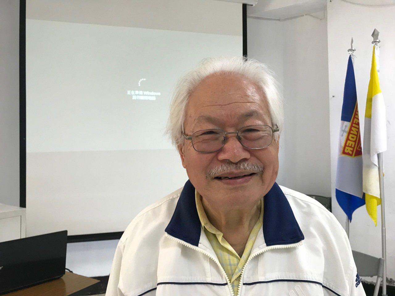 國內唯一登錄的戲台布景彩繪師侯壽峰,從小撿牛糞賣錢,畫了30年的電影布景,也獲得...