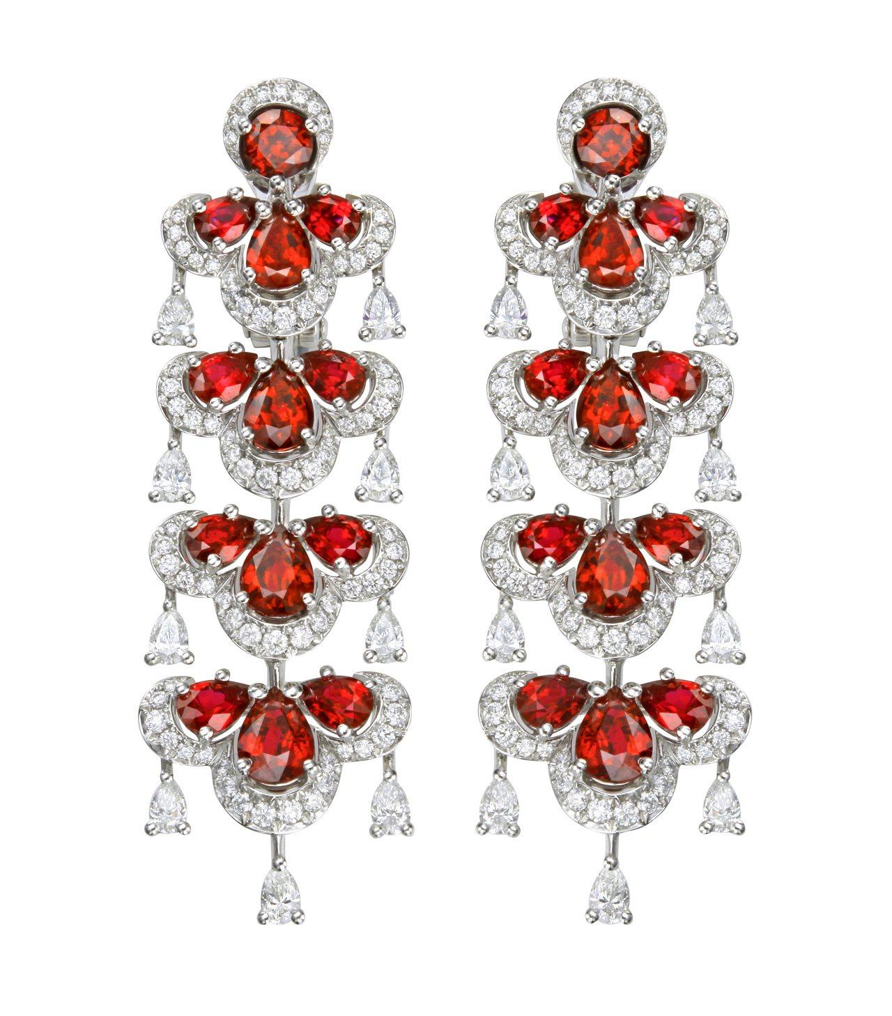 Precious Chopard系列耳環,18K白金鑲嵌總重8.16克拉紅寶石與...