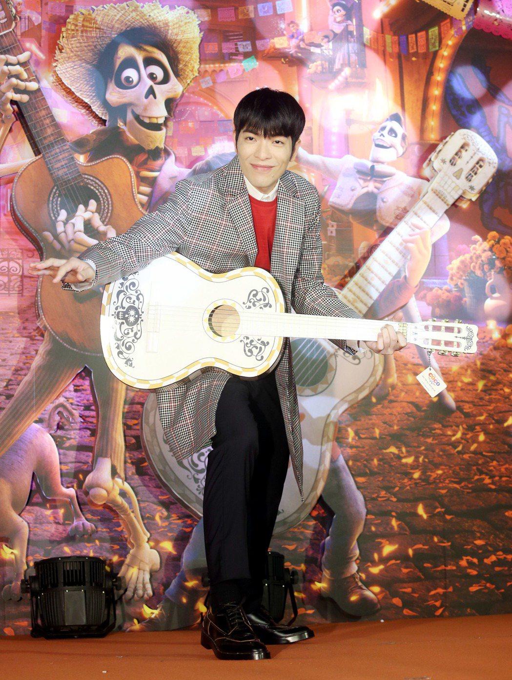 由蕭敬騰配音和配樂的電影《可可夜總會》中文版,21日舉行首映會。記者邱德祥/攝影
