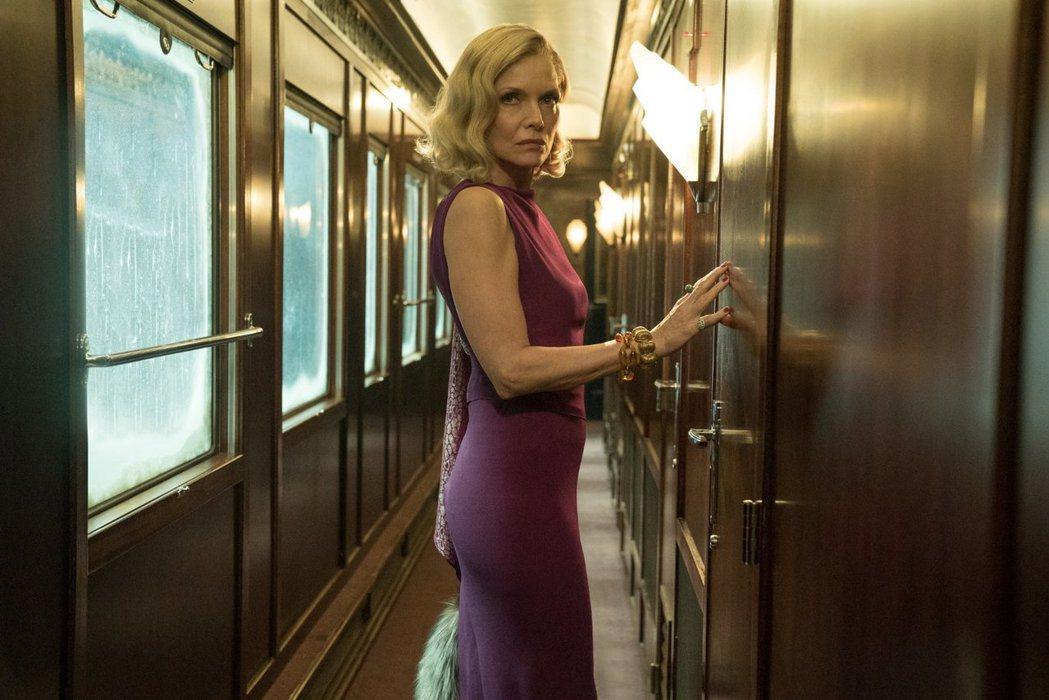 蜜雪兒菲佛是新版「東方快車謀殺案」電影中的亮點。圖/摘自imdb