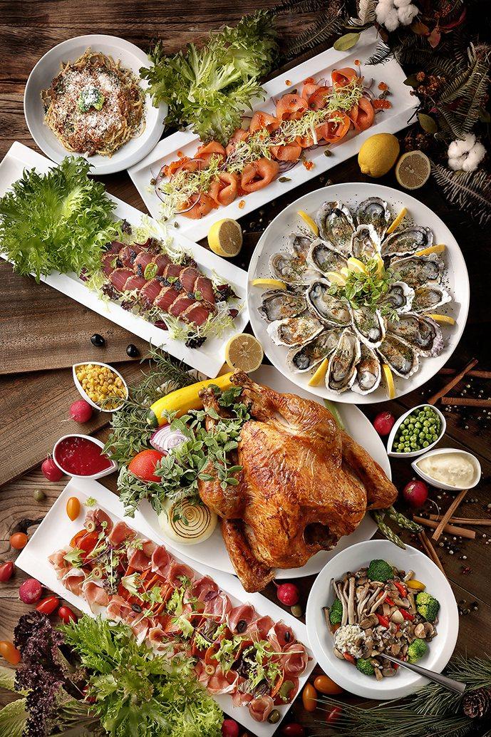 傳統耶誕大餐以火雞、海鮮、牛排等為主。圖/美福飯店提供