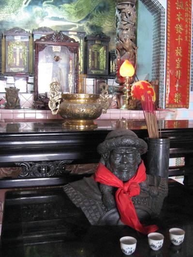 彰化縣福興鄉粘氏宗祠內供奉著一世祖完顏宗瀚的半身像。 本報資料照