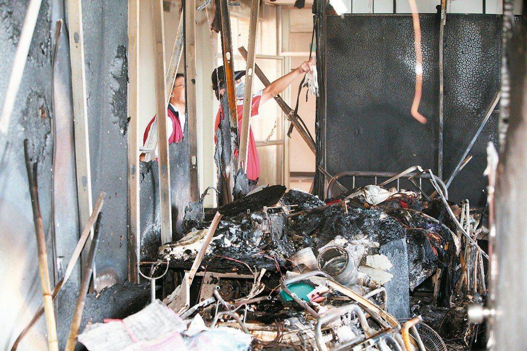 新營北門分院護理之家大火,帶走13條人命。本報資料照片