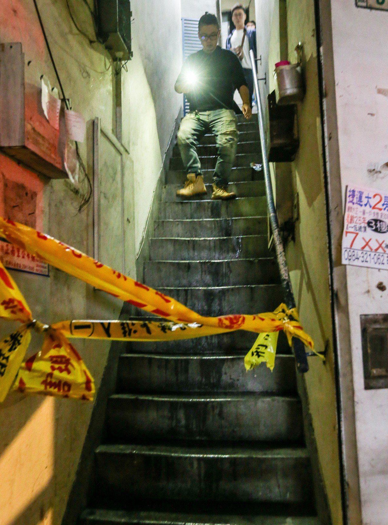 樓梯間是逃生重要設施,租屋時要特別注意。 記者鄭清元/攝影