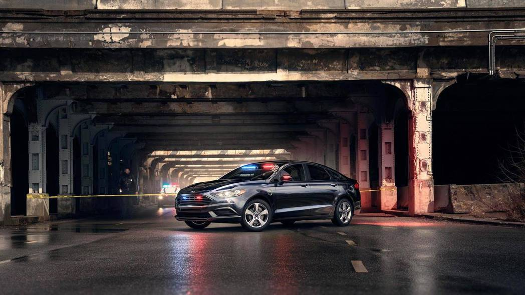 美國警消單位再添新軍,Ford推出Special Service Plug-in Hybrid Sedan。 摘自Ford