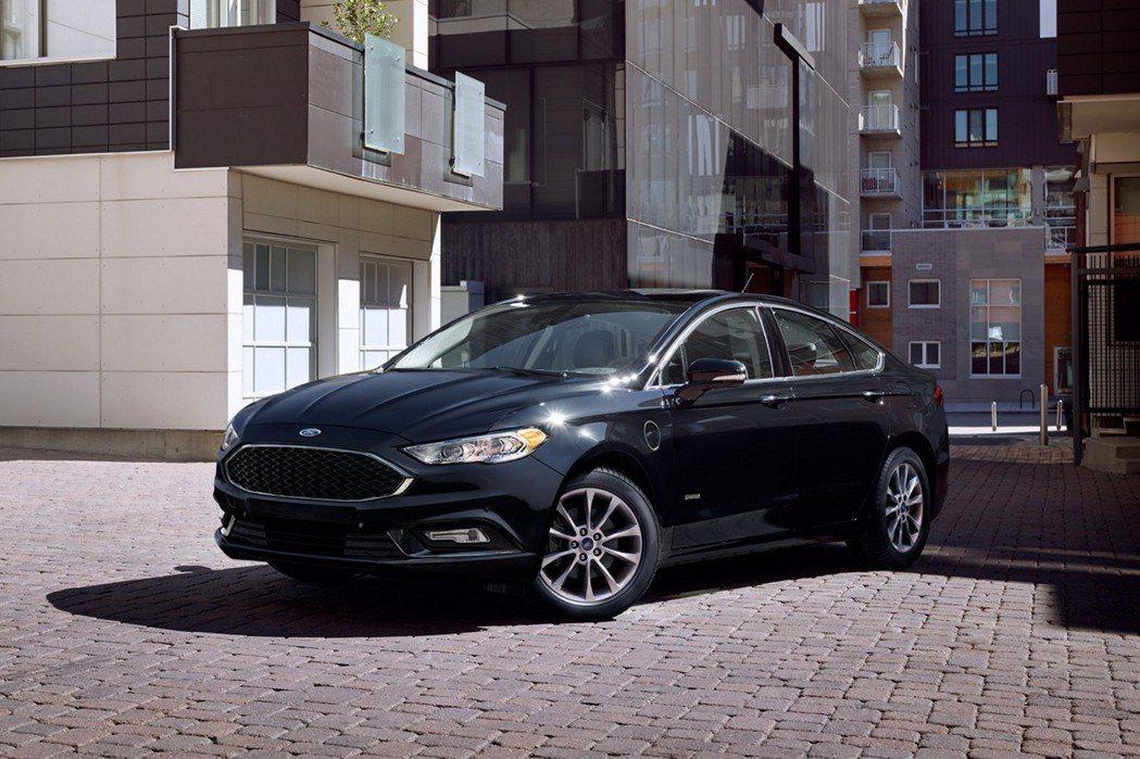 圖為Ford Fusion Energi。 摘自Ford