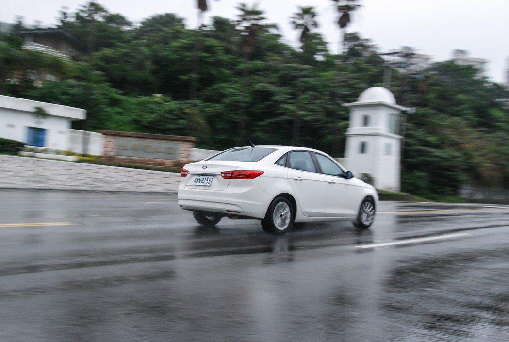 Ford Escort擁有比帳面數據更好的動力表現。 記者林鼎智/攝影