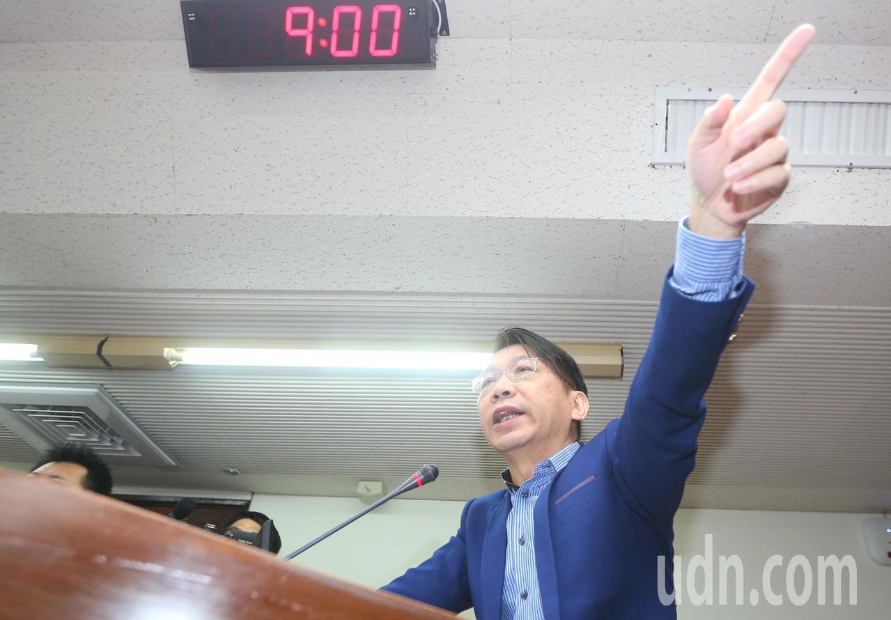 時代力量立委徐永明指出,據媒體報導,賴清德與黨內不同意見的立委在政策上有所爭論,...