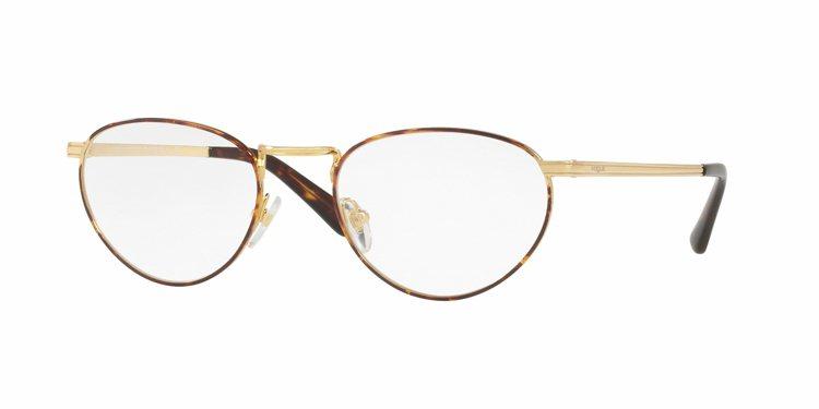 Gigi Hadid與Vogue Eyewear聯名光學眼鏡,約6,600元。圖...