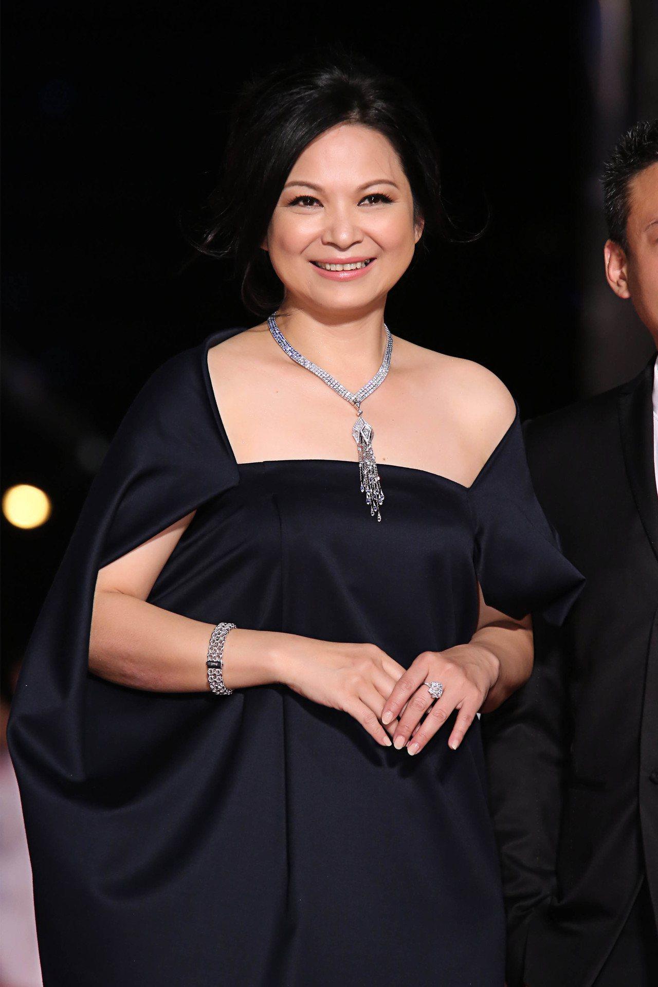 影后楊貴媚配戴伯爵珠寶出席「第50屆金馬獎」。圖/伯爵提供