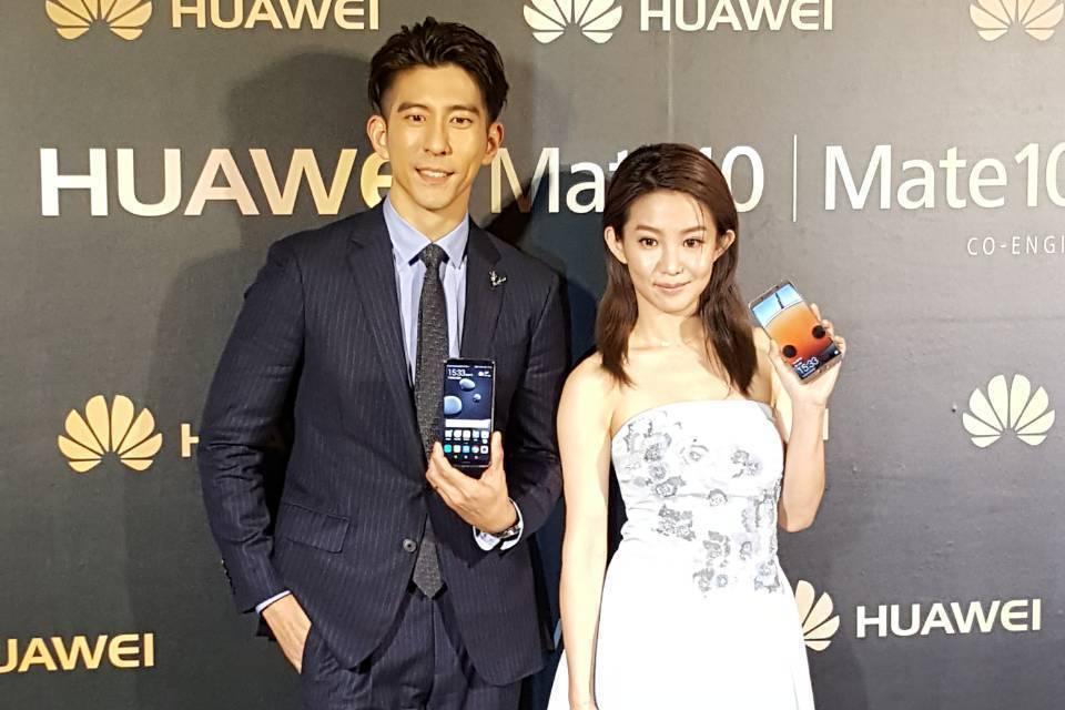修杰楷(左)、郭書瑤出席手機品牌活動。記者杜沛學/攝影