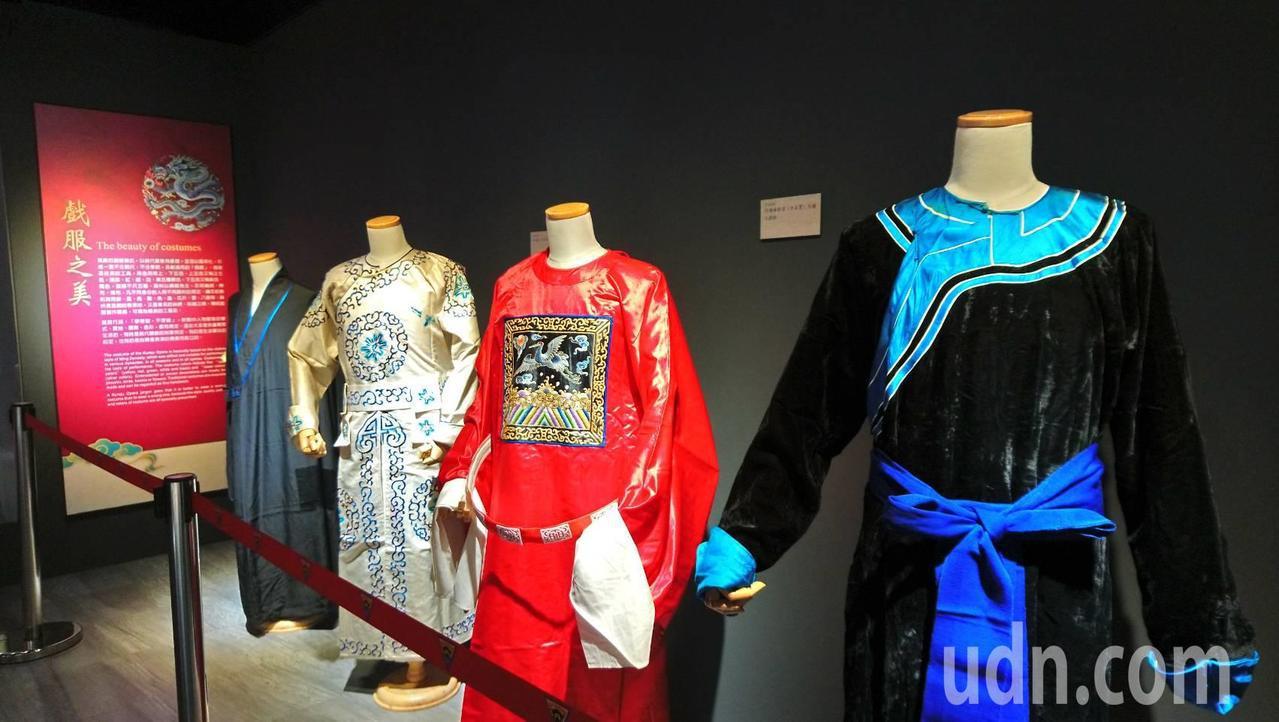 中大崑曲博物館有許多大陸沒有的珍貴史料。記者鄭國樑/攝影