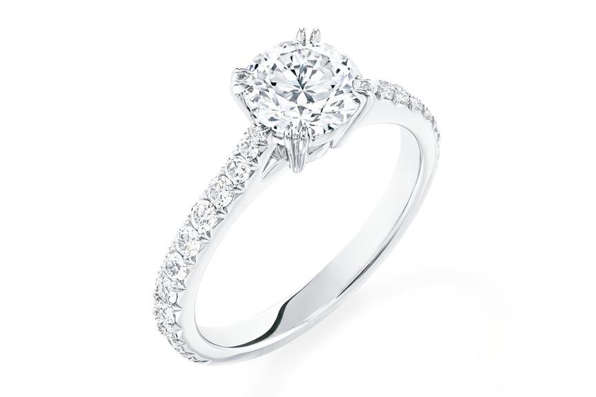 海瑞溫斯頓BRILLIANTLOVE訂婚鑽戒。圖/海瑞溫斯頓提供